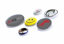 Button mit Anstecknadel